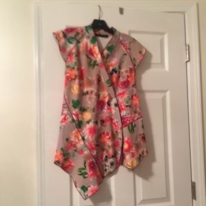 Zara floral Chinese style top